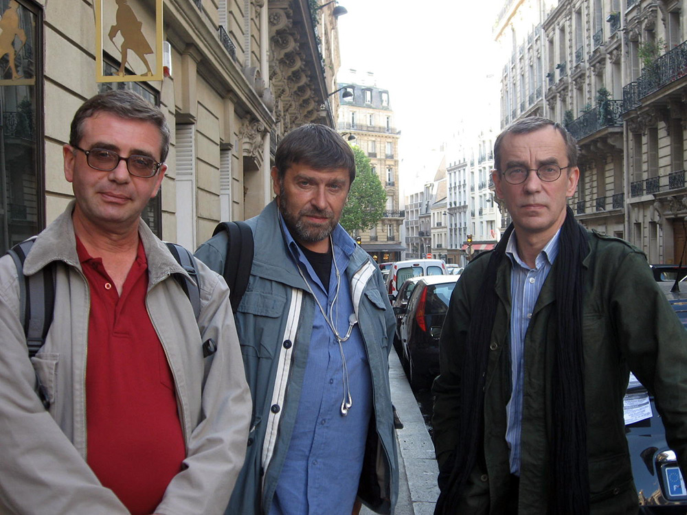 Париж, рю Дарю, возле галереи Расторгуева, май 2010